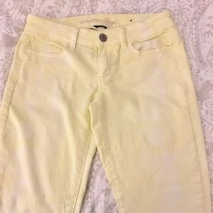 Yellow ombré American Eagle jeggings